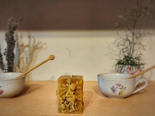 Svijeće od pčelinjeg voska dolaze u razne dimenzije