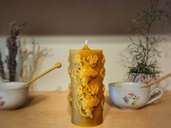 Velika prirodna svijeća od pčelinjeg voska